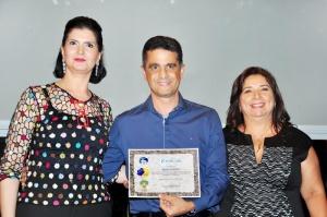 Pela primeira vez em Campo Grande, certificado dos padrinhos e madrinhas foi entregue em novembro. (Foto: Divulgação)