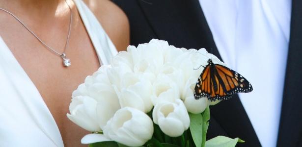 As borboletas vivas costumam ser soltas ao final das cerimônias de casamentos