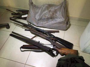 Armas e munição também foram apreendidas com os suspeitos. Foto: Ascom/PC